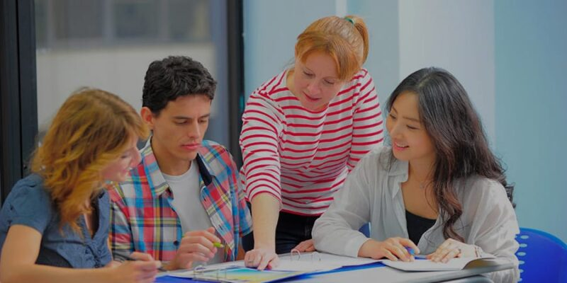 Role of Study Abroad Consultants in Student Visa